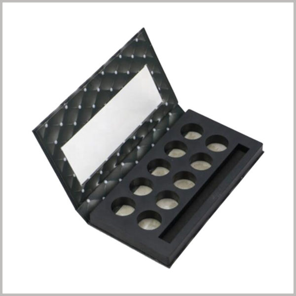 10 color eyeshadow palette packaging boxes with window. The customized packaging design effectively improves the appearance of the product and makes it more attractive.