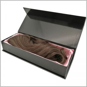 black hard cardboard boxes for wigs packaging.The inside of the boxes has a pink silk scarf for decoration and can protect the wig