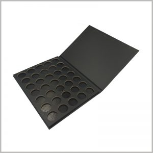 35 colors cardboard eyeshadow palette packaging boxes. The eye shadows are arranged in an orderly manner in the form of 5 rows and 7 columns.