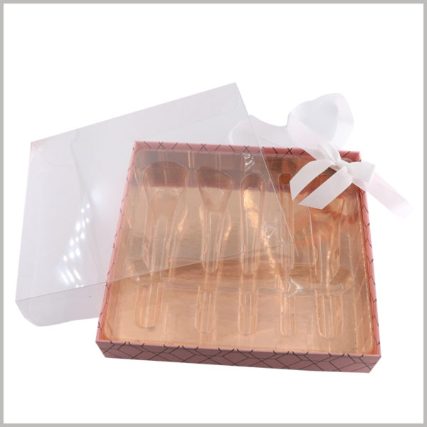5 sticks makeup brushes gift packaging boxes with clear windows. The inside of the box uses transparent blister as an insert, and consumers can directly see the style of the bottom of the box.