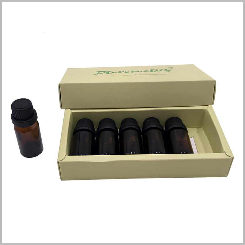 6 bottles of small essential oil packaging boxes.The packaging box is made of kraft paper as the raw material, and the upper and lower cover structures are selected at the same time, which is convenient to open