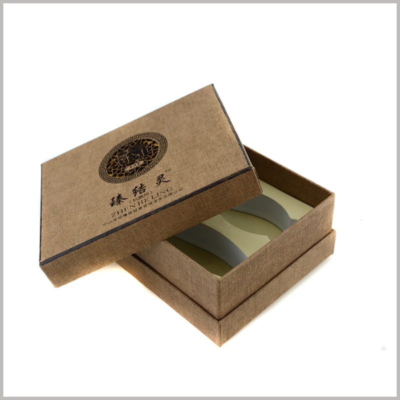 Custom cardboard packaging for shampoo box set. The uniqueness of custom packaging will promote product features and publicity and brand building.