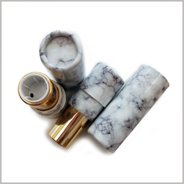 Custom creative empty lipstick tube wholesale,The inside of the package has a lipstick extension tube.Can be filled directly into the packaging boxes and used directly