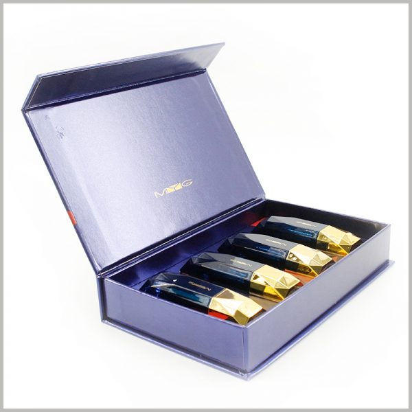 Custom high-end lipstick gift boxes holds 4 bottles.Large cardboard gift boxes with bronzing printing, the brand name will increase the brand value of the product.