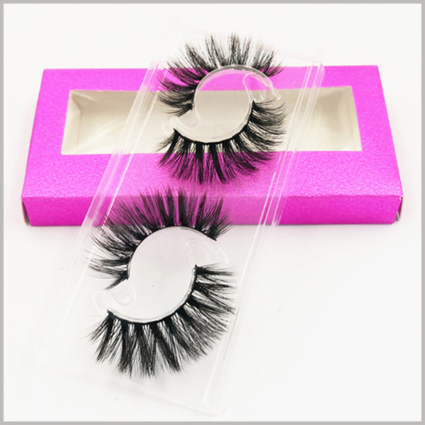 Foldable shiny False eyeslash packaging with window for pack of 2 pairs. The blister used to hold false eyelashes is specially designed to hold 2 pairs of false eyelashes in the most space-saving way.