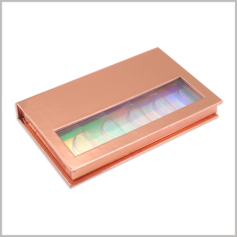 Gold cardboard boxes for 5 pairs of eyelash packaging.As a laminated paper, the gold cardboard is completely wrapped on the surface of the box, increasing the luxurious feeling and visual experience of the packaging.