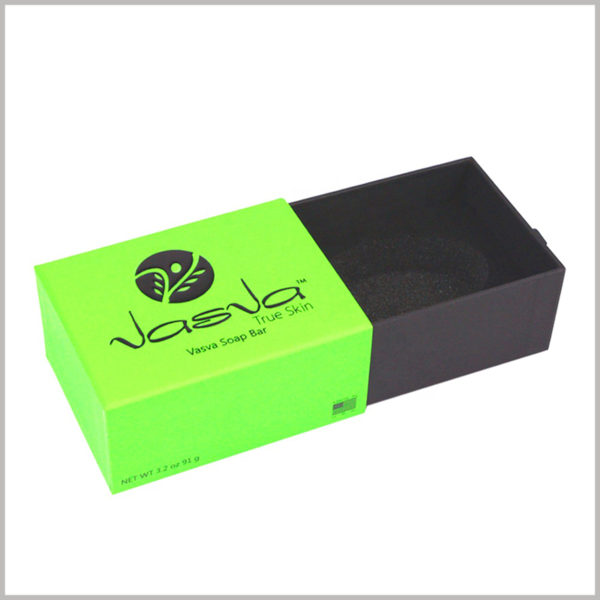 Hard cardboard drawer boxes for per soap packaging. Cool soap packaging is tempting for customers and can prompt customers to make purchase decisions.