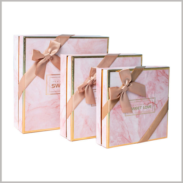 Pink Gift packaging for lipstick subscription boxes, Pink is loved by most women and is widely accepted and recognized.