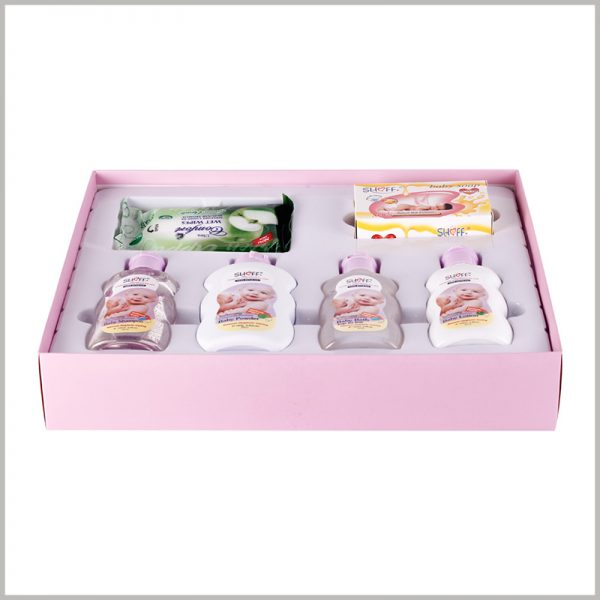 baby care products packaging boxes set. The custom packaging contains 2 bottles of baby shampoo, 2 bottles of shower gel, and 2 pieces of soap, and the above products are fixed in blister packaging.