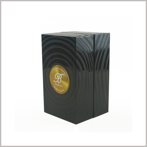 black cardboard boxes with lids for small perfume packaging.The UV printing process makes the surface of the package have a certain degree of gloss.