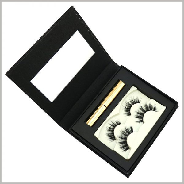 black cardboard eyelash packaging for two pairs .There is a small mirror inside the lid of the black package, which is convenient for customers to use false eyelash products and enhance the product experience.