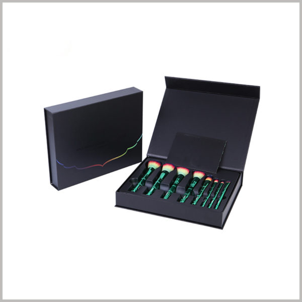 black cardboard gift boxes packaging for makeup brush set,The inside of the cardboard boxes package has a black blister to hold multiple makeup brushes