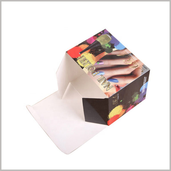 Custom color cosmetics packaging for nail polish boxes. The thickness of the nail polish packaging is very thin, and the characteristics of foldable, the cost of customized packaging is low.