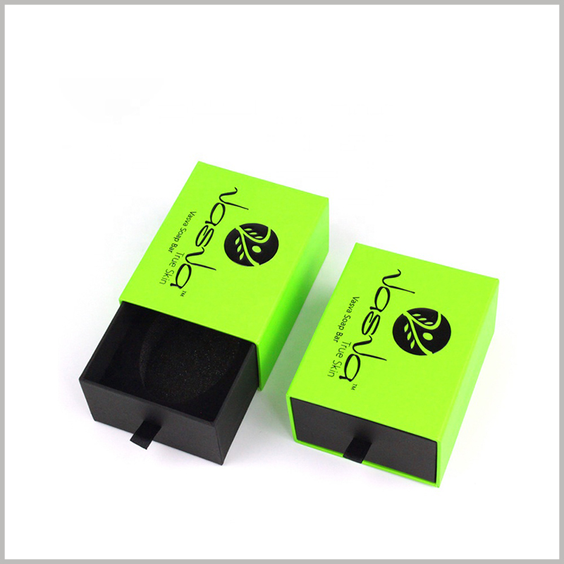 cool soap packaging boxes wholesale. The packaging structure design uses cardboard drawer boxes, which can be easily opened by sliding the inner box.
