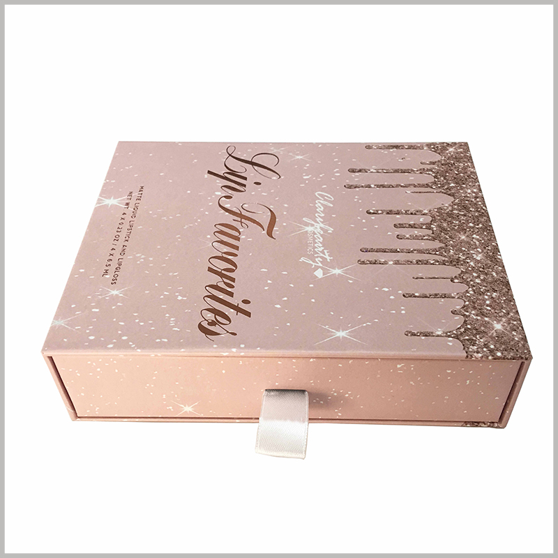 custom boxes for cosmetic lip gloss packaging boxes set. The necessary information for the product, such as the number, volume and brand of the lip gloss, is reflected on the front of the box using a special printing process.