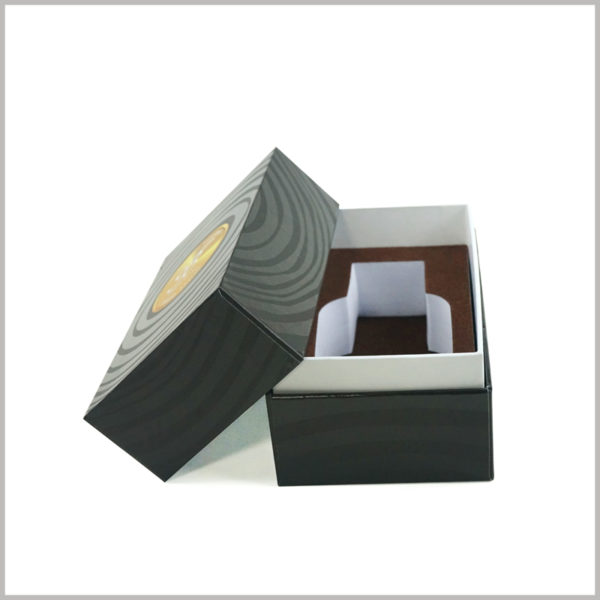 custom cardboard boxes with lids for perfume packaging.This is a small printed boxes. The packaging design is compact and the perfume glass bottle occupies two thirds of the box space.
