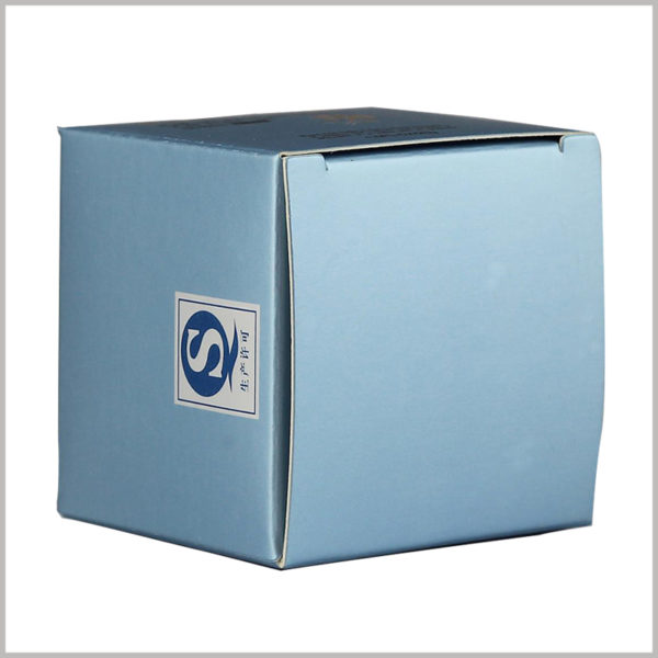 custom cheap square skincare packaging boxes, The square light blue packaging background has a mild visual experience.
