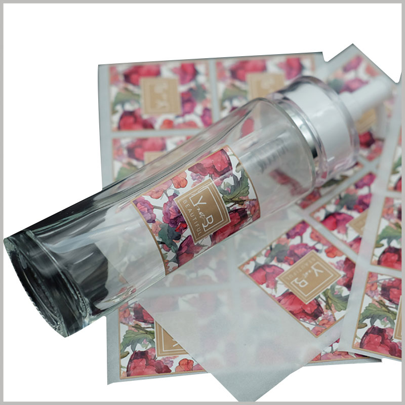 custom printed paper labels for spray bottles. We can provide you with labeling solutions of different materials and printing processes according to different products to meet the marketing needs of spray bottle labels.