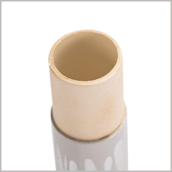 custom tube packaging for single lip gloss boxes. Custom paper tube packaging, the thickness of the paper tube is 1.2mm, which is more conducive to protecting the lip gloss glass tube.