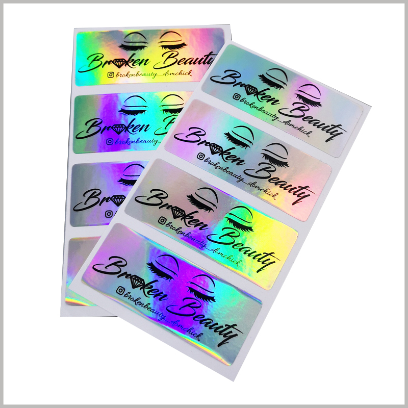 hologram labels for eyelash packaging boxes.Holographic labels use laser paper as the main raw material, which has a unique visual sense, which is more conducive to helping packaging and products stand out on the shelf.