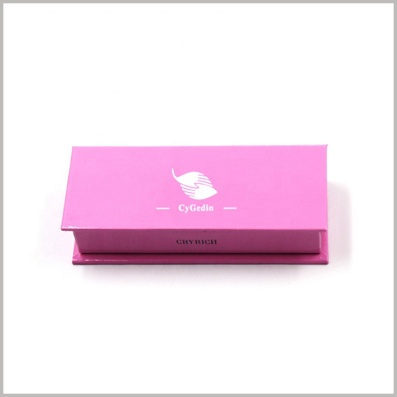 liquid lipstick packaging boxes with logo. The brand name and logo need to be reflected in the most eye-catching position of the box, so the brand name can be hot silver printed on the top of the cardboard boxes.