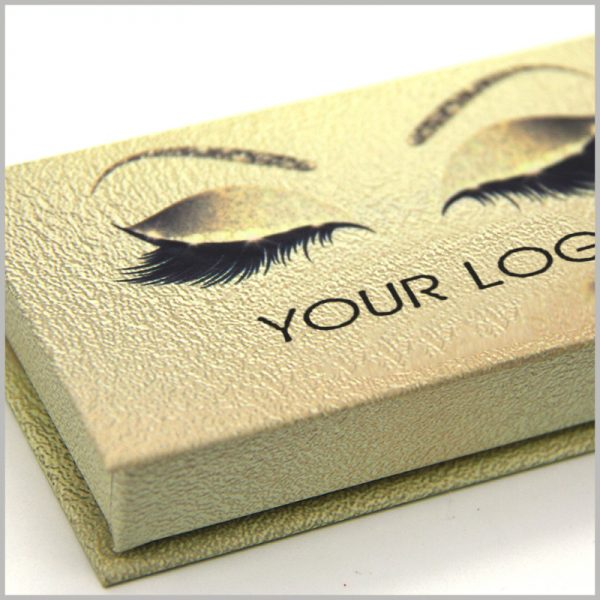 """luxury gold cardboard eyelashes boxes packaging with logo.This creative packaging boxes is attractive enough to print your brand logo under the """"eyes"""" pattern, which will quickly promote the brand."""