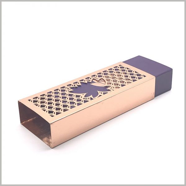 luxury makeup brush packaging boxes with logo. The envelope formed by gold foil is used for cosmetic packaging, which can increase the value of the packaging and make the cosmetic brush more high-end.