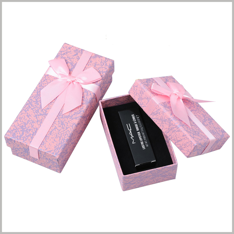 single lipstick gift boxes with lids wholesale. The compact packaging structure has many advantages, which can reduce packaging manufacturing costs and avoid excessive packaging of products by gift boxes.