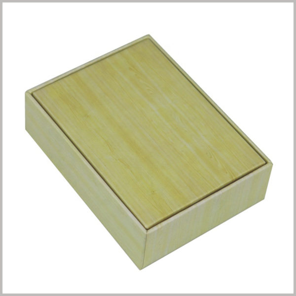"small cardboard packaging boxes wholesale. The creative packaging design makes the entire small box look like a ""bamboo box"", which is very attractive to customers."