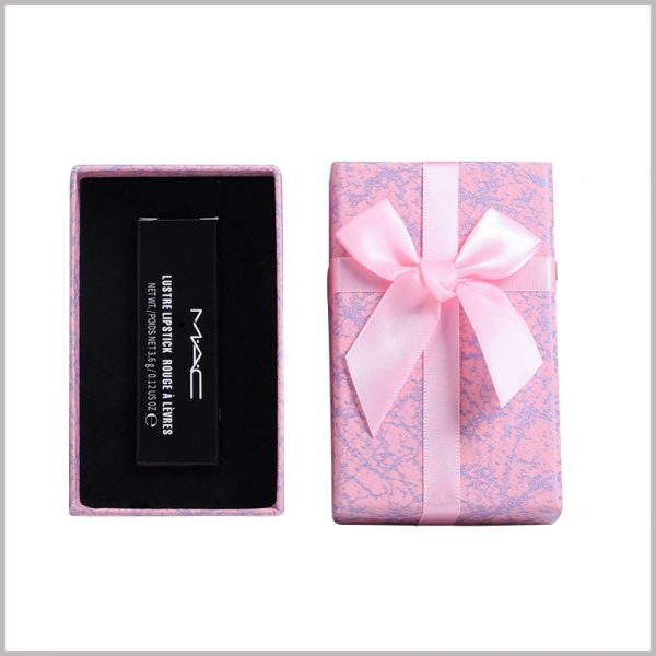 small lipstick gift boxes with lids. Cardboard gift boxes are made of 1200gsm gray board paper as raw materials, which improves the fixity and durability of the packaging.