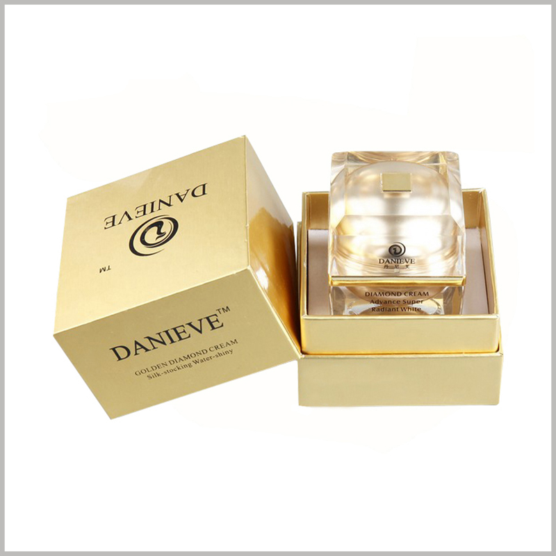 square gold cardboard boxes for facial cream jar packaging. The packaging of skin care products has a golden visual appearance, which further reflects the value of skin care products.