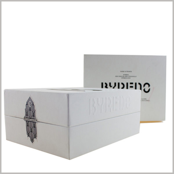 white cardboard gift boxes for perfume packaging.Packaging design makes full use of the printed content on the side, so that consumers can see relevant information about perfume brands in any direction.
