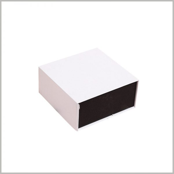 white cardboard perfume boxes packaging. The material with high hardness ensures the firmness and pressure resistance of the packaging, and can play a better protective effect.