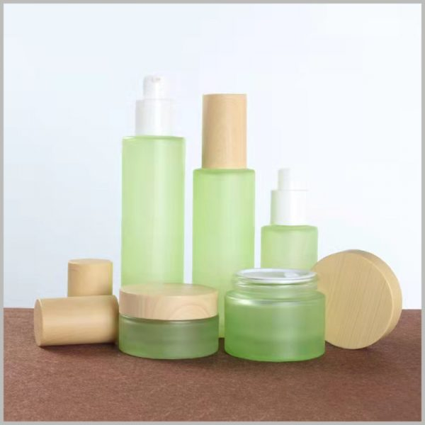 wholesale green glass bottles for skin care products.Use different types of skin care products to provide you with perfect product solutions.